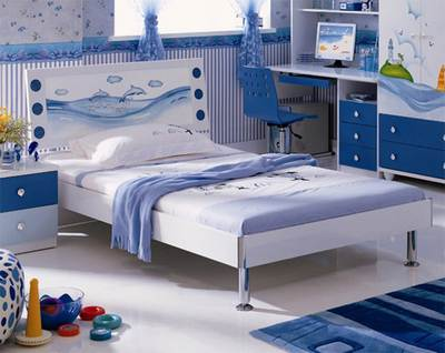 Односпальная кровать для комнаты с морской темой в оформлении