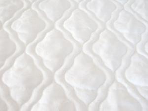 Белое хлопковое покрытие матраса